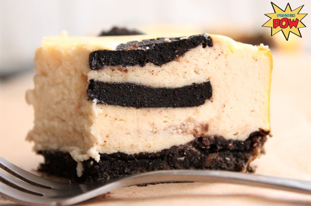 Protein Oreo-Inspired Cookies Inside... an Oreo-Inspired Protein Cheesecake!